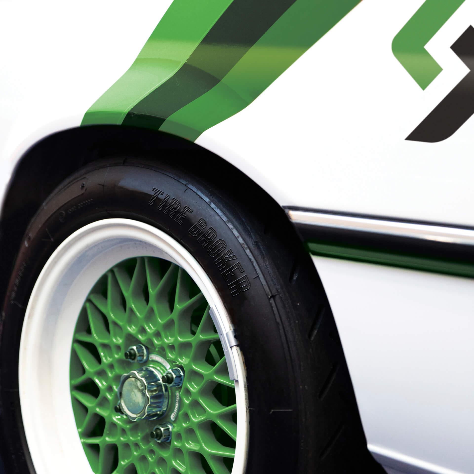 tire-broker-vintage-wheel